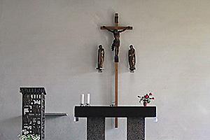 Altar in der Oschatzer Christ-König-Kirche
