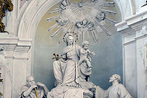 Hochaltar in der Schlosskapelle St. Hubertus